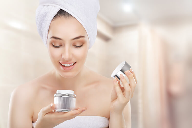 Haut ab 30 richtig pflegen – beste Lösungen